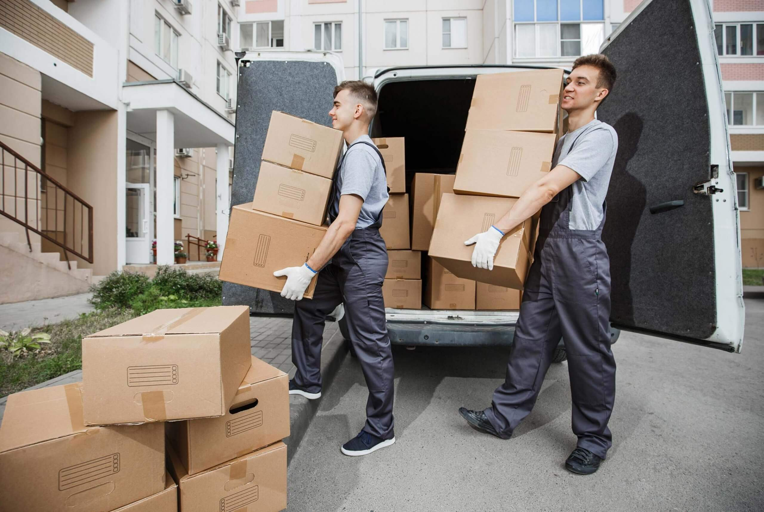 Services Senior Moving Experts arrange and supervise the moving van