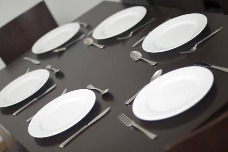 downsizing your place settings