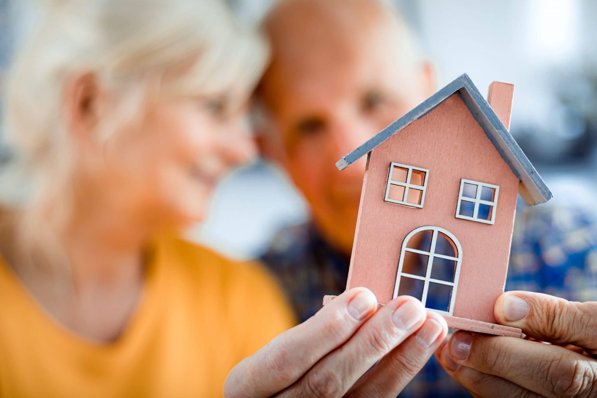 Top 5 reasons senior move